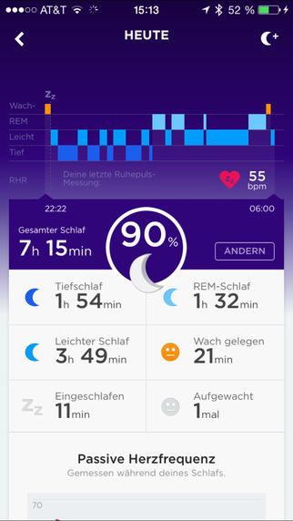 Auch beim Schlafen misst das UP3 den Puls und zeigt zudem die verschiedenen Schlafphasen an.