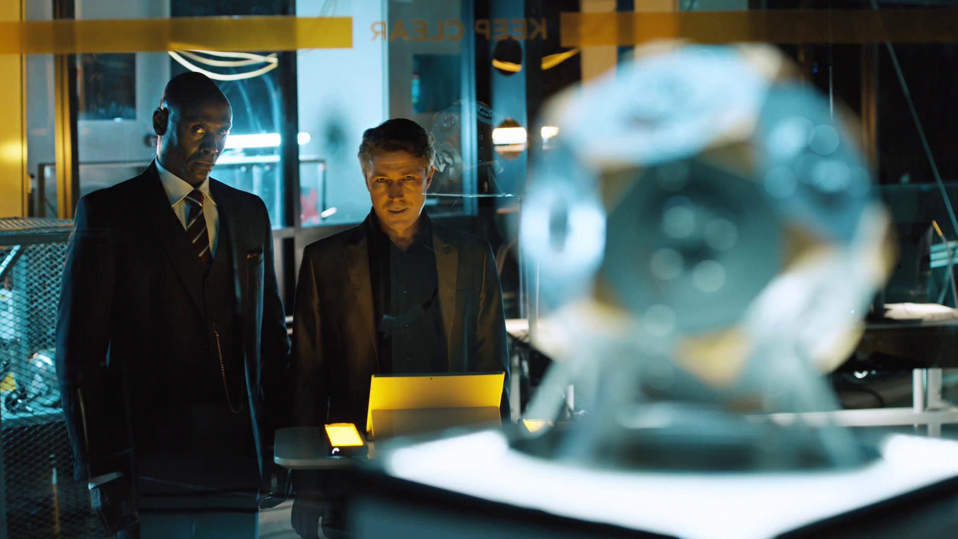 Die Zwischensequenzen im TV-Look sind auf dem Niveau einer Netflix und Co Serie.